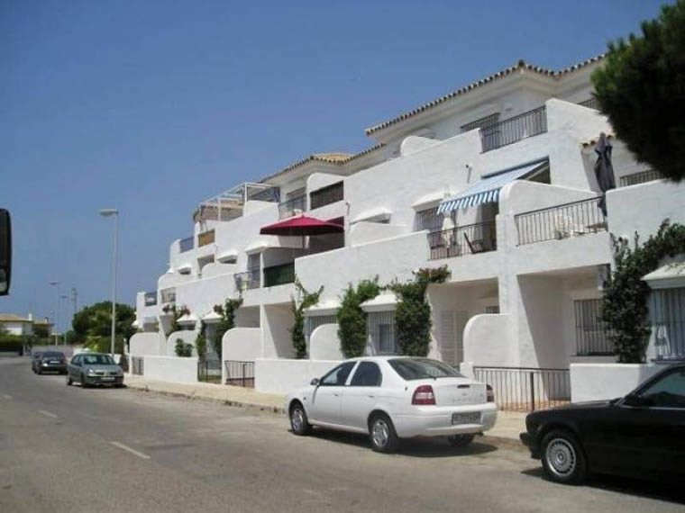 02-Apartamento-La-Barrosa-CAM04033