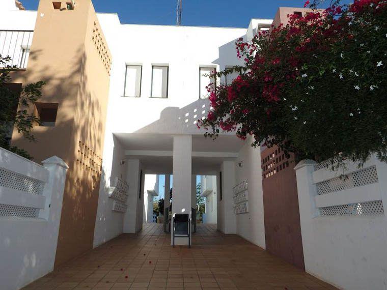 06-Apartamento-La-Barrosa-CAM04235
