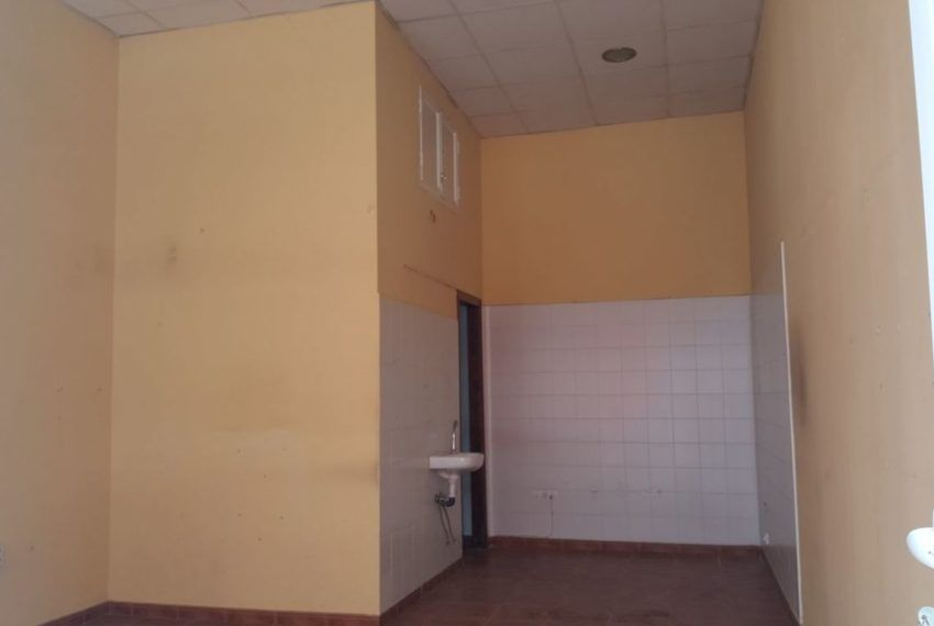 04-Local-comercial-Chiclana-C04384