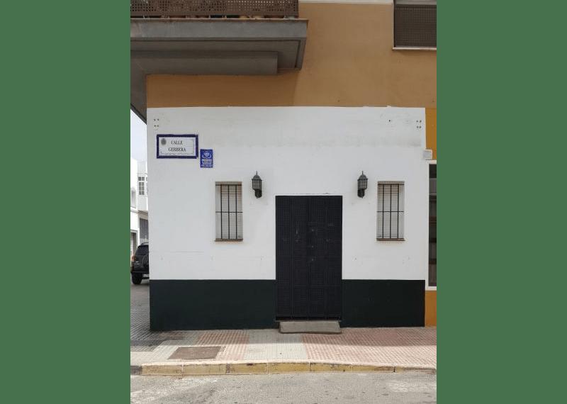 05-Local-comercial-Chiclana-C04385