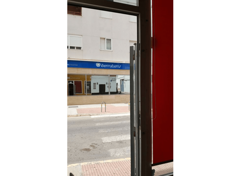 08-Local-comercial-Chiclana-C04384