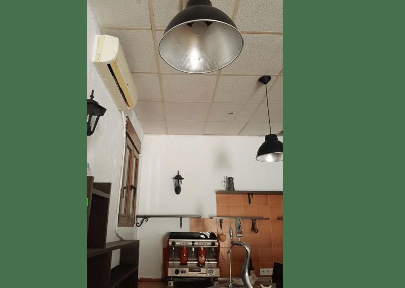 10-Local-comercial-Chiclana-C04385