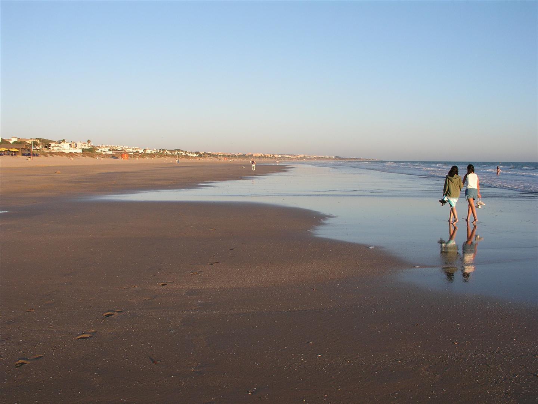 Senderismo por la playa de chiclana