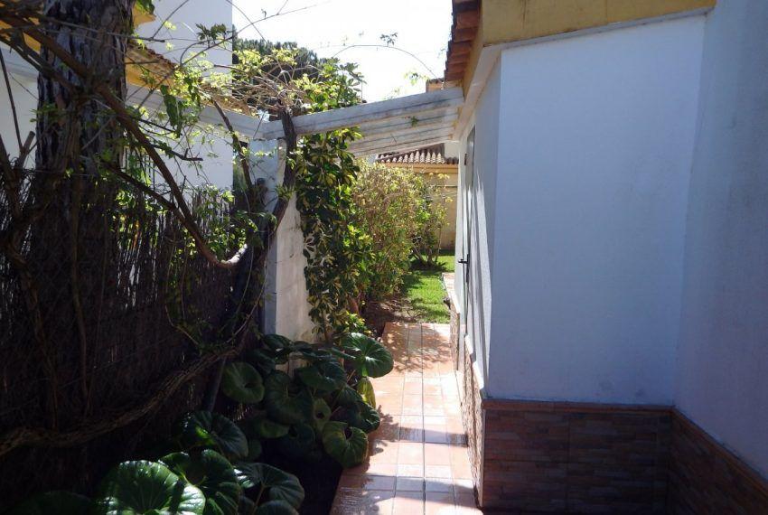 30-Chalet-La-Barrosa-C04445