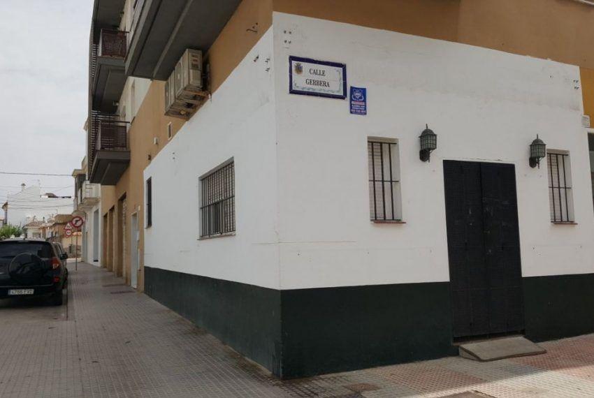 LOCAL COMERCIAL EN ALAMEDA SONLANO